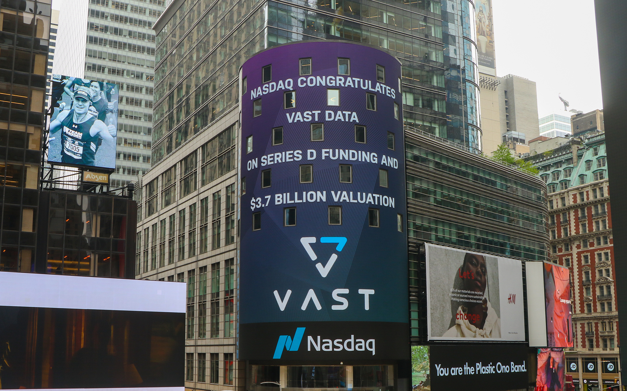 VAST Data Triples Valuation in One Year to $3.7 Billion